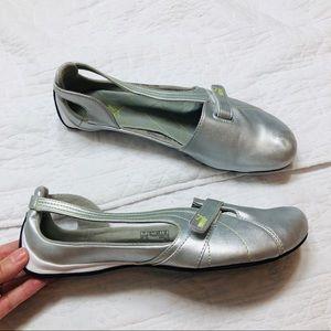 Puma Shoes - Puma silver leather velcro ballet flats sz9.5
